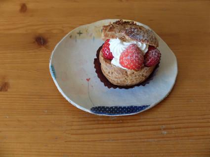 17choux_a_la_creme_aux_fraises