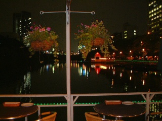 Canal_cafe_05